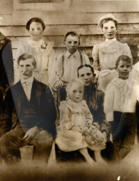 1904ca Silas and Ida Goree and Children sepia version